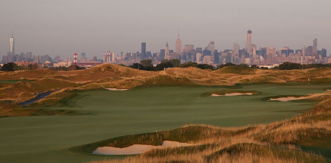 Trump Golf Links at Ferry Point with view of Manhattan city skyline