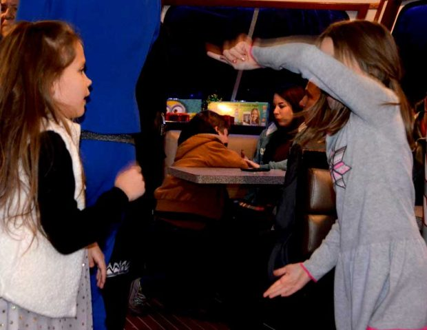 aisg_holiday_party_0105